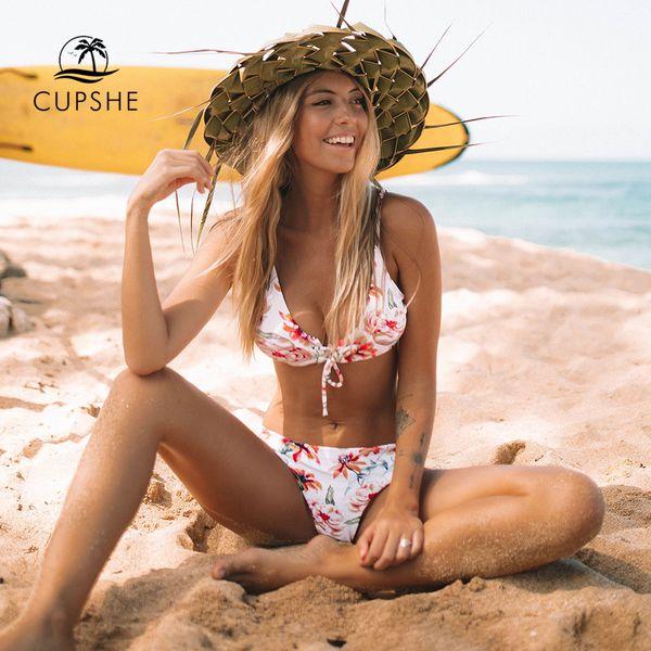 6ee8861fd89e1 CUPSHE Цветочный принт и полосатый двусторонний комплект бикини Женщины  зашнуровать из двух частей Купальники 2019 Пляжные купальники Купальники