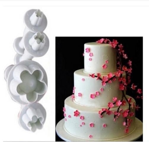 2016 Hot Sale 4Pcs/Set Plum Flower Plunger Fondant Mold Cutter Sugarcraft Cake tools Decorating Christmas Cake Tools 70 80