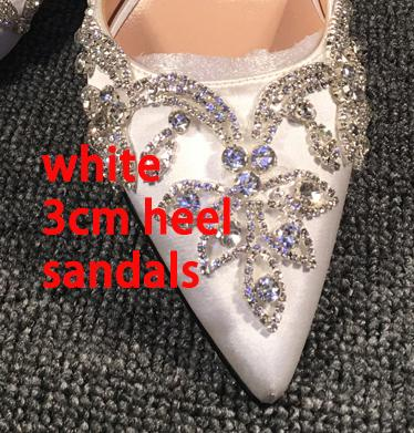 blanco talón de 3 cm