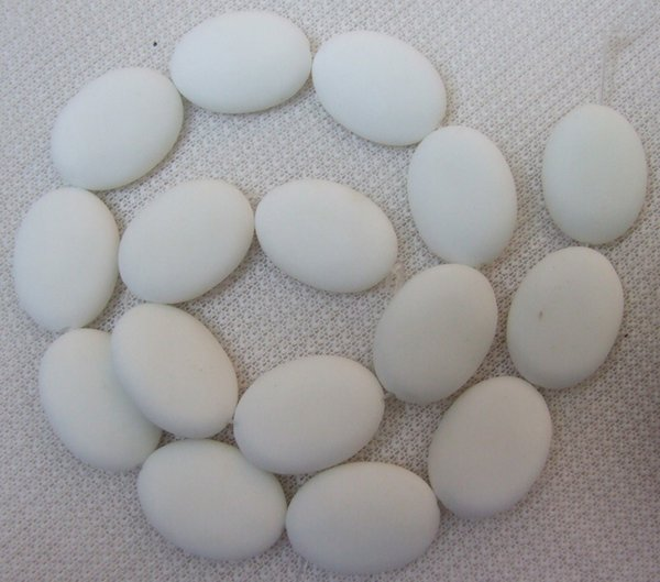 15x20mm 18x25mm 20x30mm Blanco Natural Porcelana Oval suelta perlas 15.5