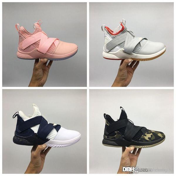 2019 нового прибытие basketall обуви солдаты обуви для мужчин 12 оригинальных дизайнерских кроссовки синего разводил камуфляж черного красного XII ШВСМ agimat size7-12