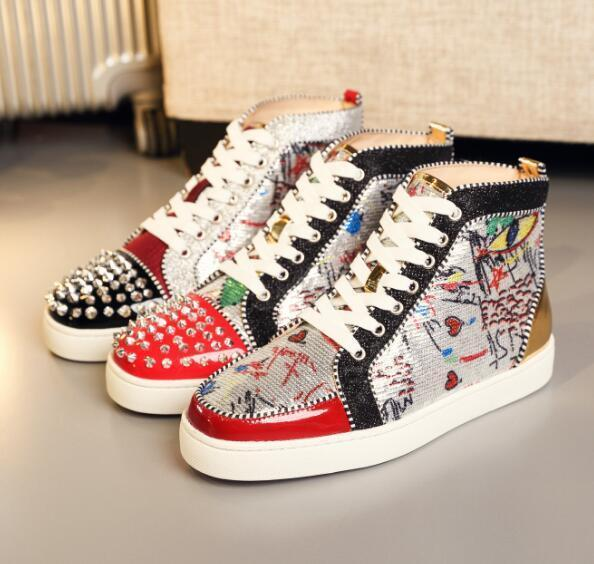 Designer de luxo Red inferior Sneakers Mulheres Homens sapatos de luxo impressão de prata Pik Pik No Limit pregos rara e strass grafite sapatilha