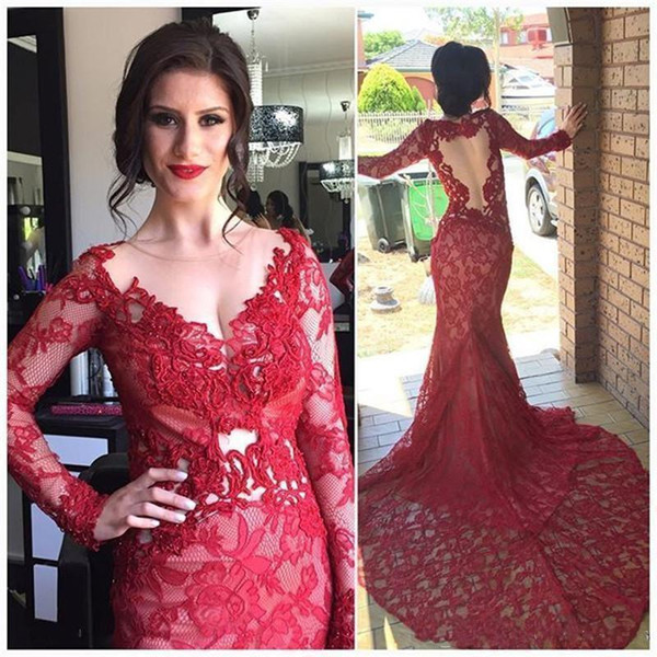 2019 Red Lace Sheer Neck Mermaid Abendkleider mit langärmeligen durchsichtigen Abendkleid Backless Red Carpet Dress Formelle Kleider