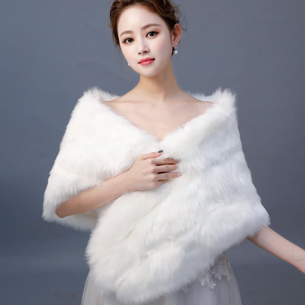 2019 New Ivory Winter Wedding Bridal Faux Fur Wraps Shrug Warm Shawls Outerwear Women Jackets For Prom Evening Party Cheap