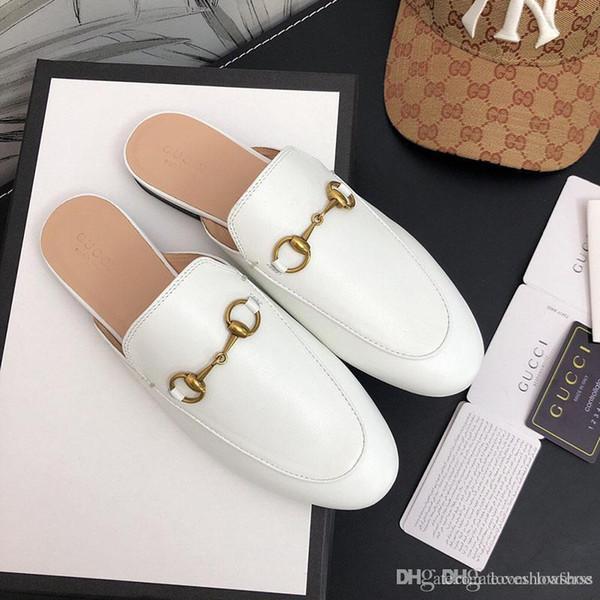 lujoSeñoras de la manera de lujo blanca del diseñador clásico de la sandalia de metal con hebilla Beach zapatillas de cuero de vaca cuero de los holgazanes de conducción Cartoo suave