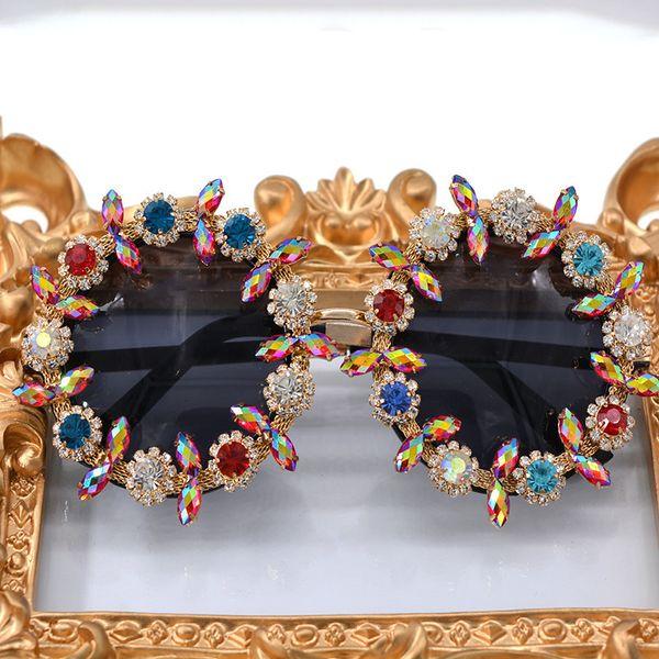 Mincl/ 2017 Diamond Color Sunglasses Sunglasses Baroque Exaggerated Personality Female Decoration Sun Glasses Female Shades Lxl Y19052001