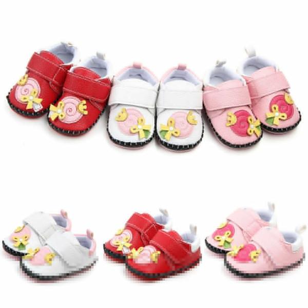 0-18 M Bebek Kız Sevimli Yenidoğan Erkek Bebek Kız Beşik Ayakkabı Rahat Ayakkabılar Faux Deri Bebek Yürüyor Öncesi Walker Sneakers