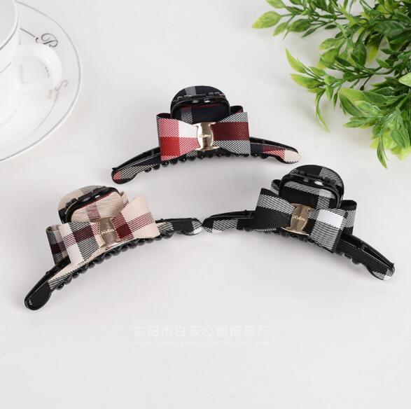 Best selling wholesale plaid hair clips Women's small gold buckle sweet and lovely bow knot melon cloth cloth bangs clip gift gift