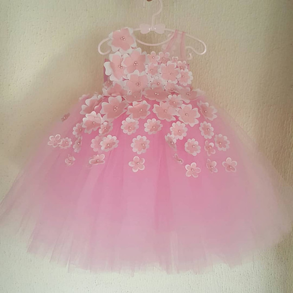 Pink Pearls Flower Girl Dresses Sheer Neck Hand Made Flowers Little Girl Wedding Dresses Vintage Communion Pageant Dresses Gowns F160