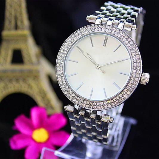Hot ultra mince or rose Femme Diamond Flower Montres Marque de luxe infirmière Mesdames Robes Femme boucle déployante Montre-bracelet cadeaux pour les filles