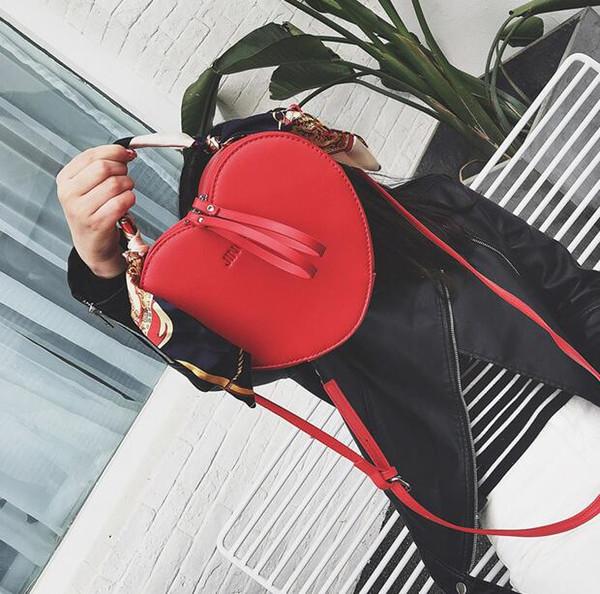 2019 hot new fashion trend bolsos en forma de corazón cuidadosa personalidad pañuelo de seda bolso hombro Messenger bag personalidad salvaje