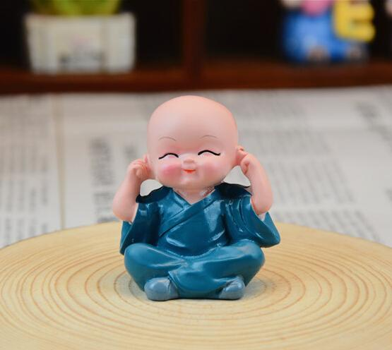 1pcs New Lovely Small Kungfu Monks Maitreya Buddha Resin Handicrafts ANE