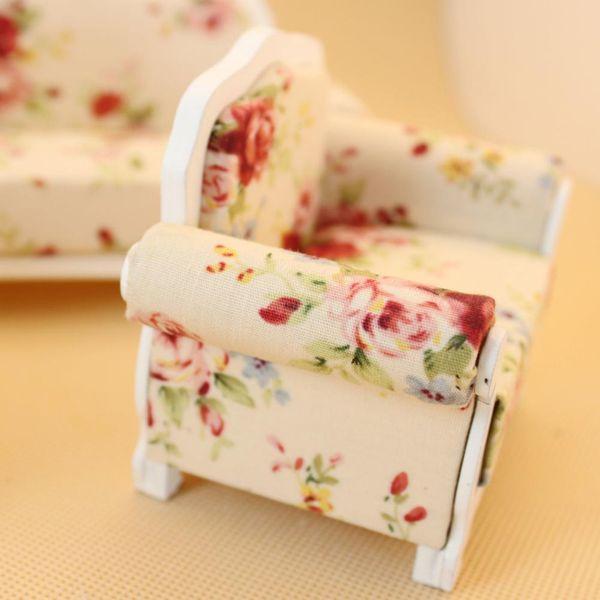 wholesale 3Pcs Mini Wooden Cloth Sofa Set Furniture Toys for 1:12 Doll House Random Color