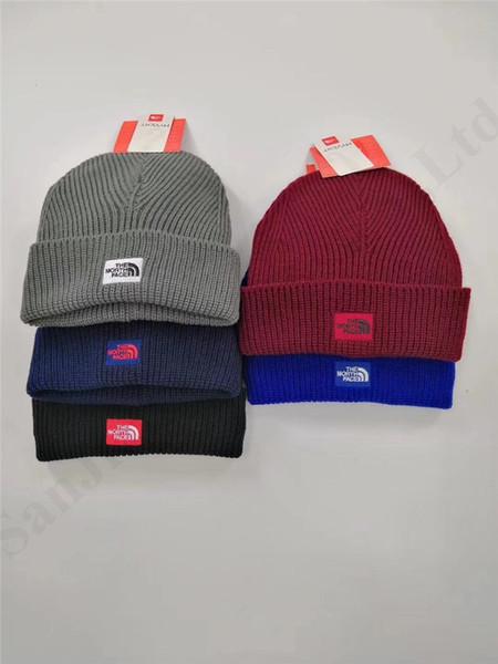 NF Tasarımcı Kış Örgü Şapka Kuzey Marka Erkekler Kadınlar Örme kasketleri Açık Kayak Kafatası Cap Yüz hımbıl Tığ Şapka Bonnet gorros C91602