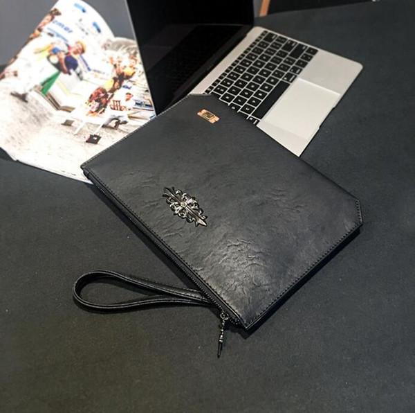 Factory wholesale brand men handbag street trend leather envelope bag large metal decoration storage wallet Joker rivet leather clutch bag