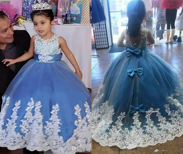 Adorable Ball Gown Flower Girl Dresses Sky Blue Lace Appliqued 2019 Princess Dress Sheer Neck With Bow Back Arabic Girl Pageant Gowns