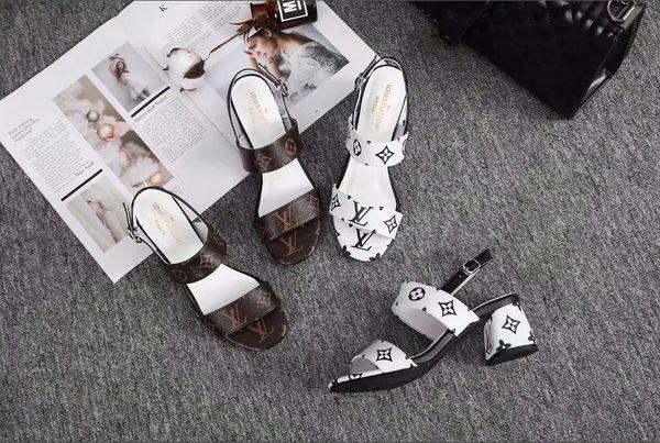 2016Square toe word flat color mixed color clip toe stripe sandals slippers horsebit sandals fashion models metal buckle size35-39-No box