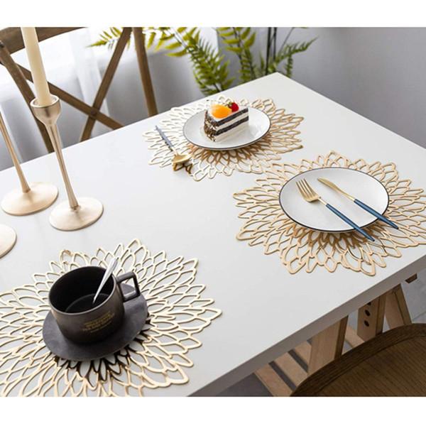 1 unid 38 * 38 cm mantel individual de PVC para mesa de comedor almohadillas de posavasos huecas alfombrillas de mesa alfombrillas agarraderas de calor proveedor de fiestas para el hogar