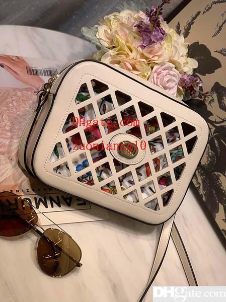 Tasarımcı çanta Hollow stil kadın tasarımcı çanta omuz çapraz vücut kaliteli çantalar moda tote çanta