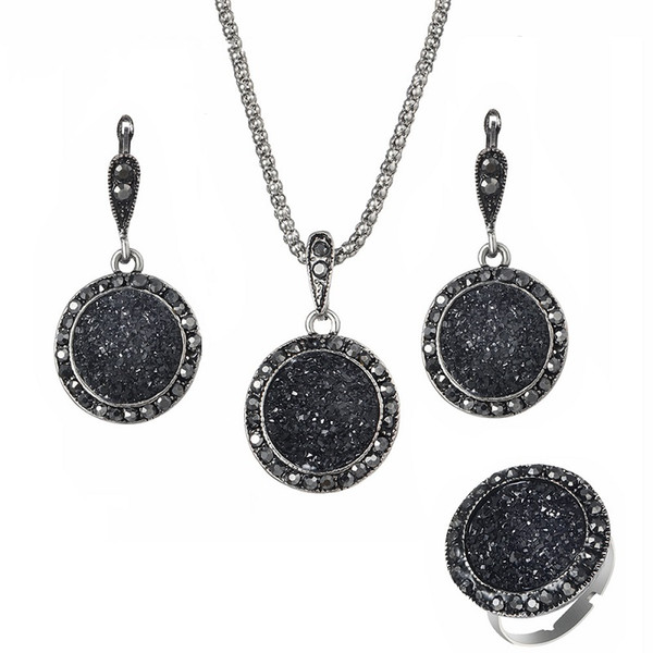 Resina Collane Orecchini Set di anelli 3PCS per le donne Retro Bohemian Round Gravel Vintage Sposa Wedding Black Natural Stone Jewelry Accessories