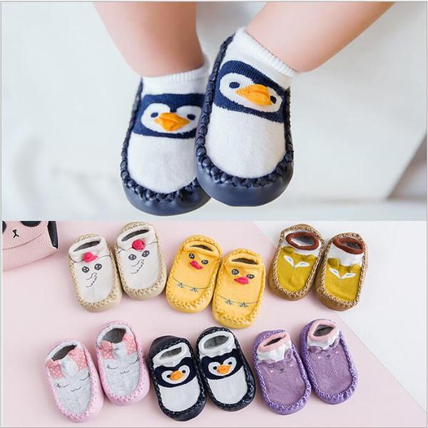 Calcetines para niños recién nacidos Primeros caminantes Calcetines de piso Bebé Algodón Calzado antideslizante Moda infantil Zapatillas antideslizantes Calcetines Suelas de goma Botines 4631