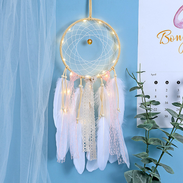 Hecho a mano Dreamcatcher Feathers LED Light Car Home Decoración Colgante de Pared Ornamento Artes y Oficios Regalo Dream Catcher Wind Chime