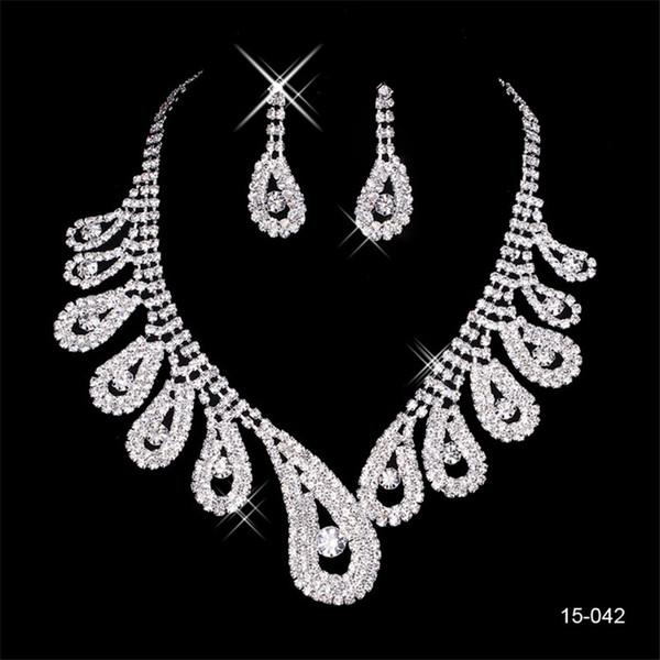 2020 chapeado prata elegante da pérola Rhinestone nupcial Colar conjunto de jóias Brincos acessórios baratos para Prom Evening 150-42