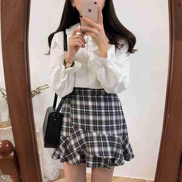 Chemises de base Blouses Ventes Chaudes 2019 Femmes Design De Mode Coréen Preppy Style Manches évasées Peter Pan Col Blanc Chemise Button