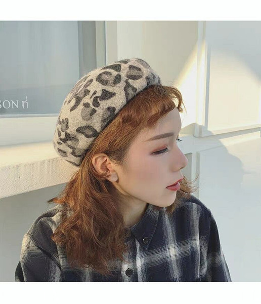 Leopard-print beret women autumn and winter day han version of Japanese art with beret vintage painter hat casual fashion hat