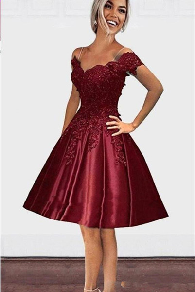 Burgundy Knee Length Off shoulders 2019 Homecoming Prom Dresses V neck Open Back Lace Applique Sequins A line Cocktail Party Gowns Cheap
