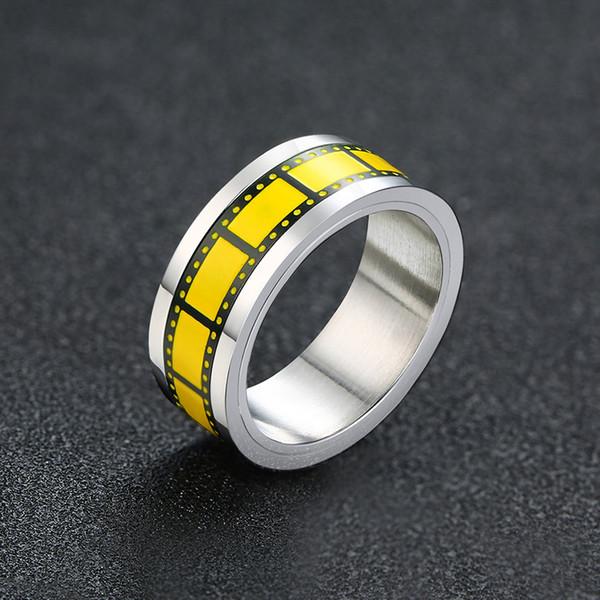 Giallo di alta qualità a colori Retro regalo dei monili anelli in acciaio inox Cinema Film Anello uomini di stile degli uomini dei ragazzi J477