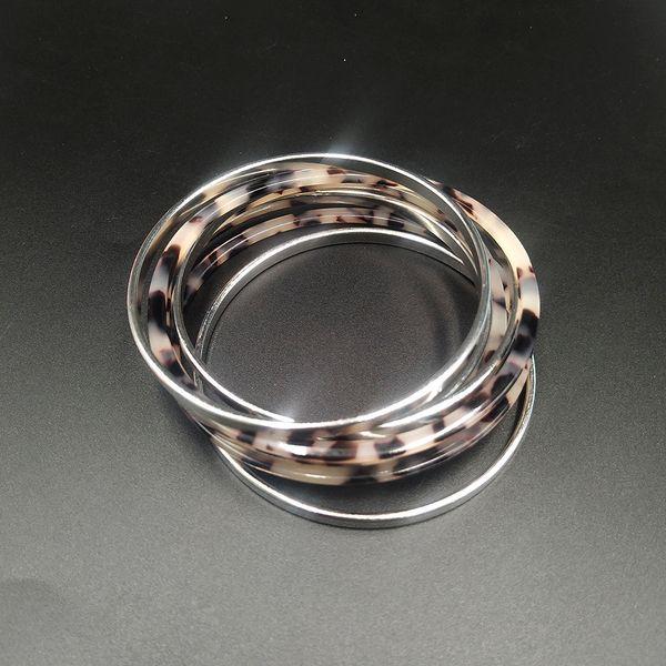 Acetic Acid Leopard Print Cuff Bangle Set For Women Female Vintage Elegant Multilayer Acrylic Metal Bracelet Set Pulsera