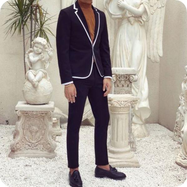 Abiti da uomo blu scuro Smoking da sposo smoking Prom Man Blazer Designer Jacket Pants 2 pezzi Slim Fit Terno Masculino White Side Costume Homme