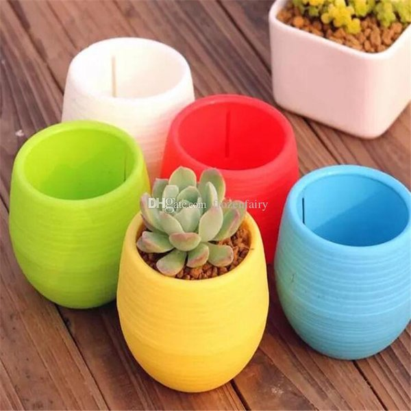 200pcs Gardening Flower Pots Small Mini Colorful Plastic Nursery Flower Planter Pots Garden Deco Gardening Tool a35-42