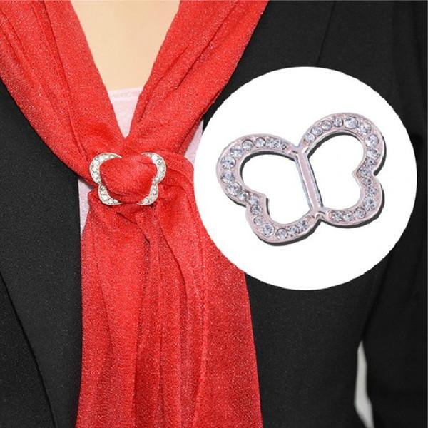 Moda coreana Simple de la Mujer Rhinestone de la bufanda de la hebilla de la hebilla Clip de la forma del corazón del mantón de la hebilla nueva joyería de regalo con encanto 10 unids / lote
