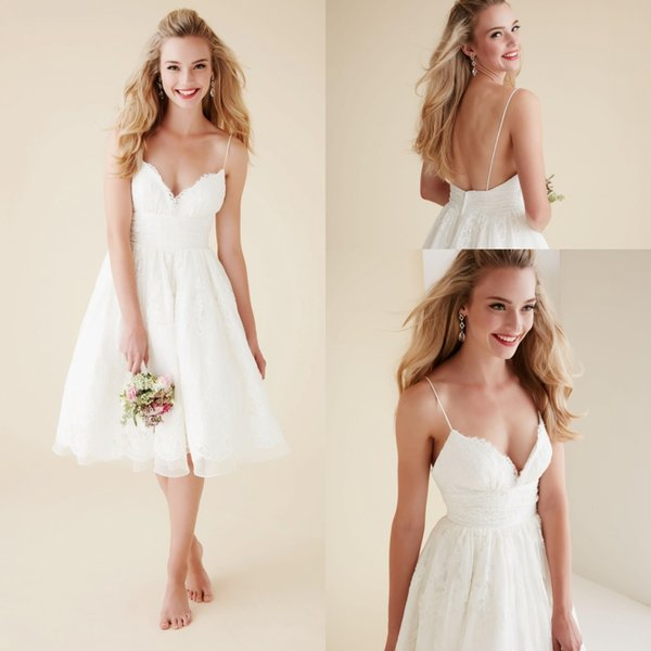 Cute Short Beach Wedding Dresses V Neck Spaghetti Straps Knee Length Sexy Backless Wedding Gowns White Lace Bridal Dresses