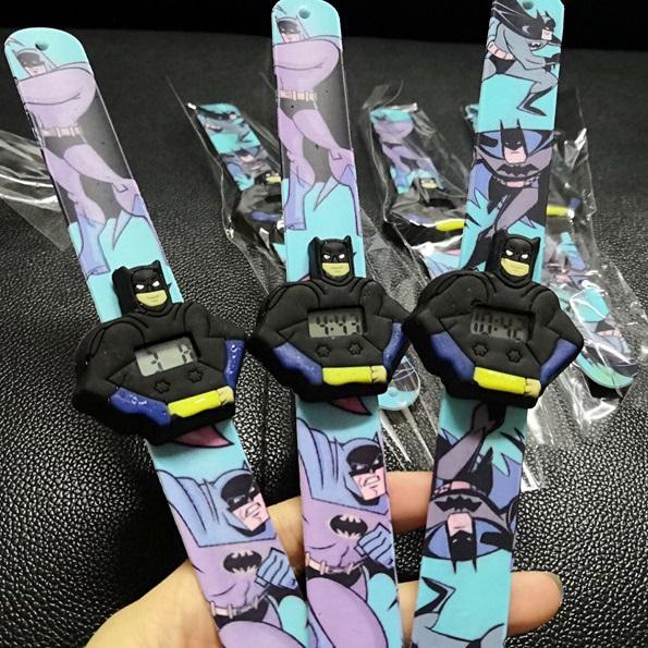 3d kinder uhr junge cartoon batman spider man uhr silikonband klopfte tisch studenten schöne coole kind geschenk männer kinder