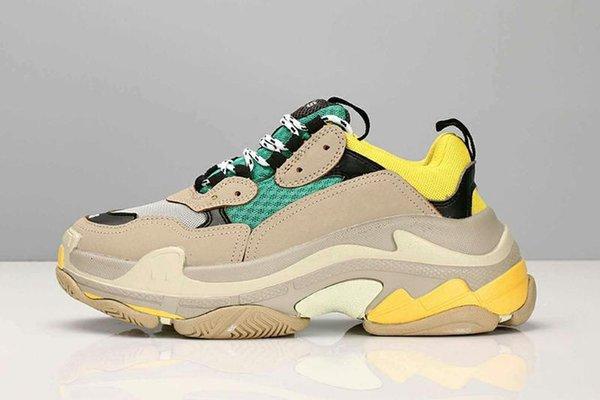 Hot !! 2019 Fashion Paris 17FW Triple-S Sneaker Triple S Casual Dad Scarpe per uomo Donna Beige Nero Ceahp Calzature sportive di design Taglia 36-45