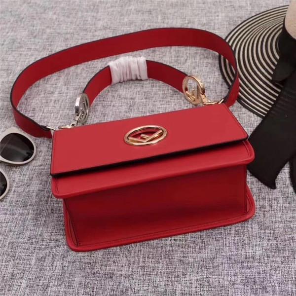 Advanced Sense Foreign Female 2019 Neue Small Square Bag Einfache Sperre Single Shoulder Diagonal Paket Kette Off-w1121
