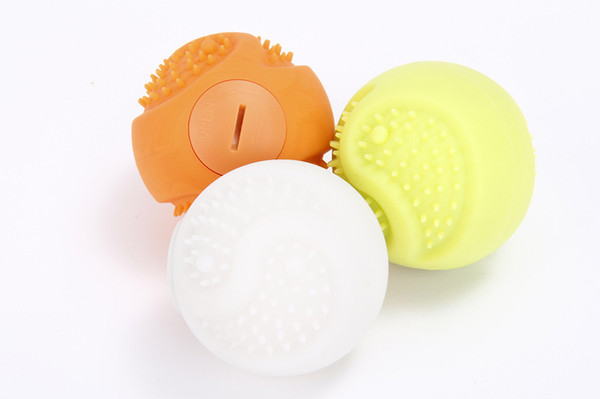 1PCS 2.4 Inch Dog Pets Toys Ball LED Pet Training Ball Dog Glowing Rubber Balls Lights Up For Night Play Dog Ball