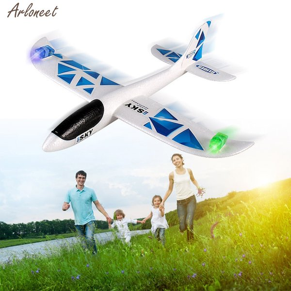 Outdoor Toy LED EPP Foam Hand Throwing Glider Airplane Inertia Led Night Flying Aircraft Toy Hand Launch Airplane Model Kid Gift