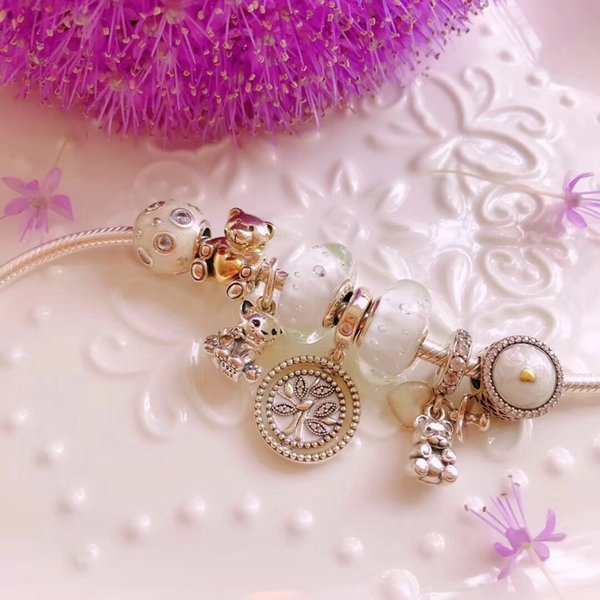 Crystals form Swarovski Three New models of in Summer S925 Silver bracelet madam Parcel post selection for lady The letter can be DI