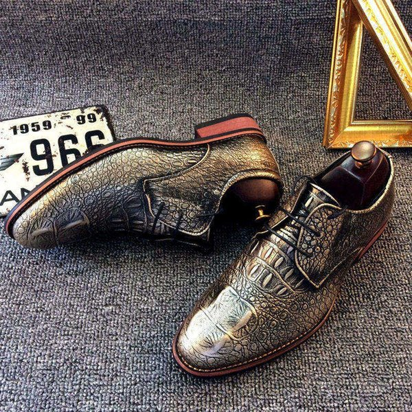 mens Genuine Leather Shoes Men Champagne gold Brogues patent leather formal dress shoes British Style Wedding oxford shoes for men