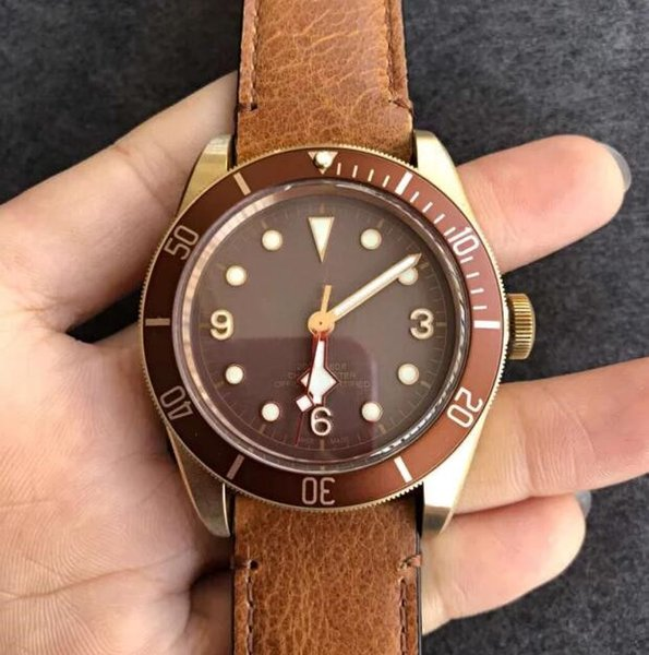 Relógios novos Automatic Assista ETA 2824 Movimento Men Bronze relógios de pulso Azul Dial Leather Chronometer Mens 43 milímetros Dive Crystal Relógios XFV3