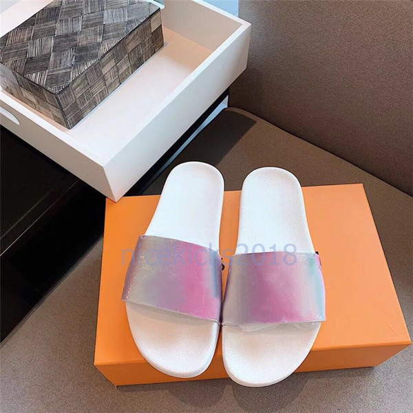 Luxury Designer Flip Flops Mens Womens Summer Sandals Beach Slide Slippers Ladies Sandali Firmati Da Donna Shoes Classic Laser Colorful