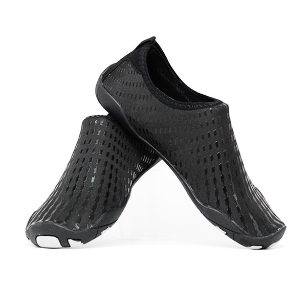 Rutschfeste Männer Socken Meer Wasser Wohnungen Schwimmen Mode Sport Aqua Barfuß Sommer Frauen Schwarzes Schnelltrocknende Großhandel Schuhe Strand n0PkO8wX