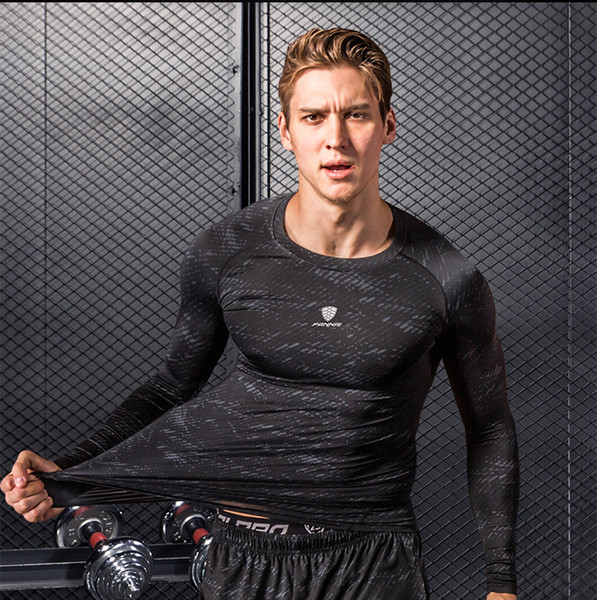 Men Gym Sport T-shirt Patchwork Printing Tshirt Running Tight Tees Short Sleeve Top Soft Quick Dry Male Elastic Tees Gym Tshirt Outdoor Trai