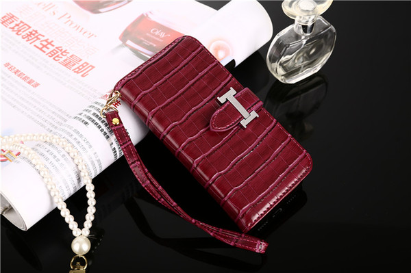 Crocodile Wallet Leather Case For iPhone XS MAX X XR Case For iPhone 8/7/6 Plus Soft Comfortable Shock Absorption Hand Strap Mobile Shell