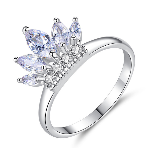 Romantisches Coupon Crown Zircon-Ring Frauen einfacher Art und Weise Micro-Inlay Ring Heart Shaped Zirkonia Stein-Finger-Ringe