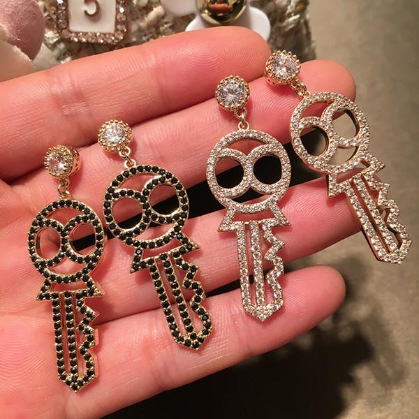 Nouvelles boucles d'oreilles à la mode pour les femmes plaqué or blanc / noir CZ clés boucles d'oreilles pour les filles des femmes pour le mariage mariage cadeau de Nice